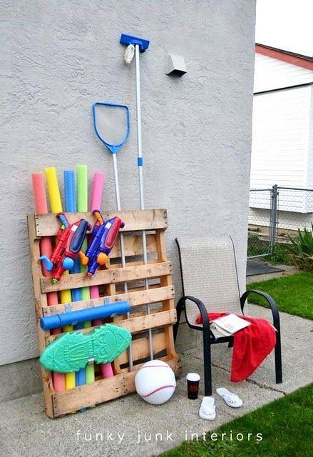 Pallet Projects: 6 Simple and Cheap Ways to Up Your Storage Game