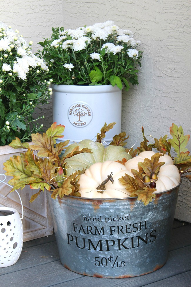 Farm-Fresh-Pumpkin-Bucket-Clean-and-Scentsible-1